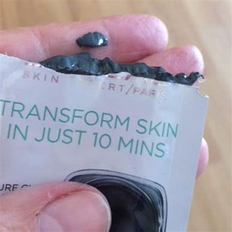 L Oreal Clay Detox And Brighten Charcoal Mask by L Oreal Clay Mask Detox Brighten Charcoal Clay Mask