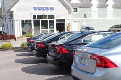 lovering volvo  meredith  offering savings   model year  sales event lovering volvo