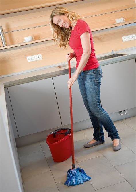 7 Techniques For Cleaning Your Floors by Floor Cleaning Maintenance Tips Iblogsandyou