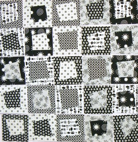 Quilts Black And White by Best 25 Black And White Quilts Ideas On Quilt