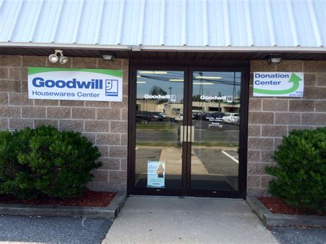 Goodwill Background Check Goodwill Housewares Center Donation Center 1901 Lehigh St Allentown Pa 18103