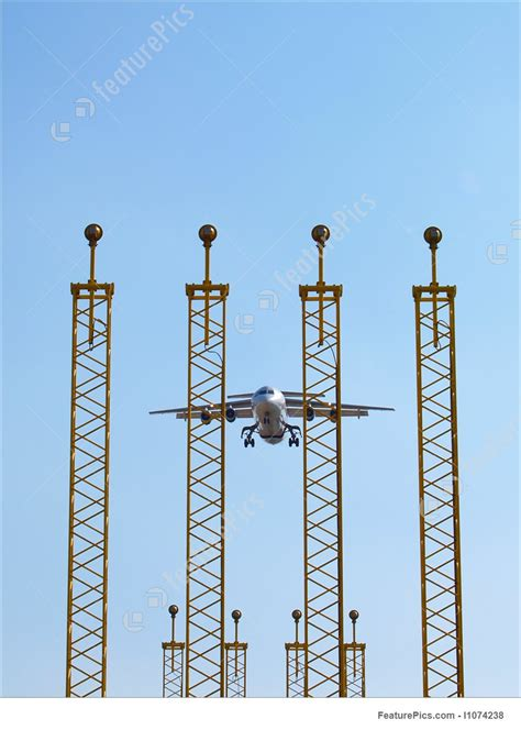 airplane landing lights aircraft landing and landing lights picture