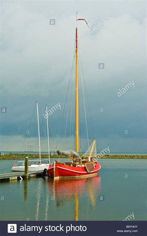 flat bottom boat canada flat bottom boat stock photos flat bottom boat stock