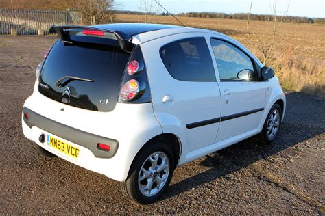 Citroen C1 Mpg by Citro 235 N C1 Hatchback 2005 2014 Running Costs Parkers