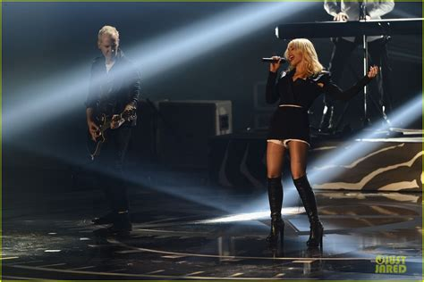 Janin Emas Full Movies 2012 No Doubt Mtv Emas Performance Watch Now Photo 2755482