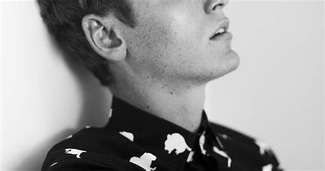 Tom Webb By Sophie Mayanne - lose yourself in the charming aura of tom webb at nev