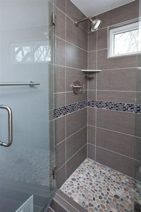 Badezimmer Fliesen Fugen Reinigen by Badezimmer Fugen Schimmel Schimmel Im Bad Entfernen Sanit
