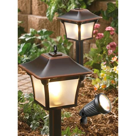 Malibu Outdoor Lighting Kits 6 Pc Malibu 174 Landscape Light Kit 176920 Solar Outdoor Lighting At Sportsman S Guide