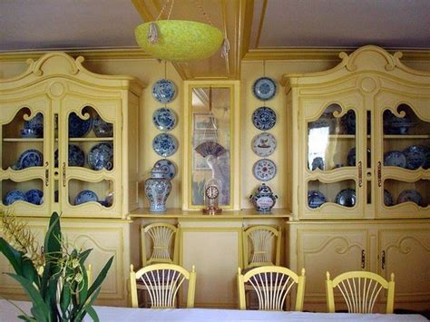 yellow and blue dining great rooms and houses