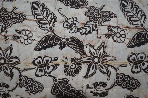 desain batik flora dan fauna gambar keterangan motif batik indonesia terlengkap