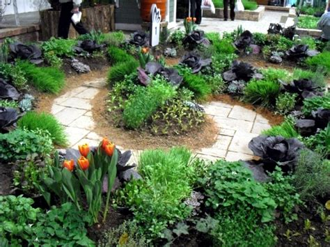 22 Ideas For Decorative Gardens Pleasure For The Eyes Decorative Vegetable Garden
