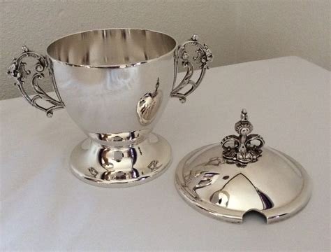 Silver Decorating Sugar by Silver Sugar Base Decorate With Lionheads Warschau