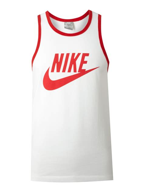 T Shirt Nike Logo White nike logo tshirt in white for lyst