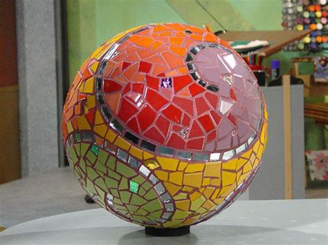 Garden Decorating Bowling Balls by Garden Sphere Mosaic Diy