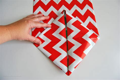 Make Gift Bag From Wrapping Paper - how to make a gift bag from wrapping paper in 5 simple steps