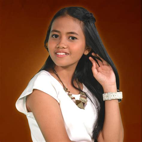 biografi hanin dhiya rising star review acara musik rising star indonesia sang vectoria