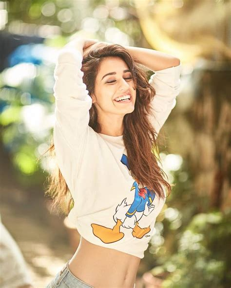 wallpaper latest girl disha patani hot and sexy pictures disha patani hd images
