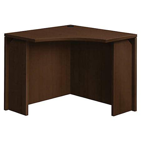 hon corner desk hon 10500 series curved corner desk 36 x 35 9 x 29 1 edge