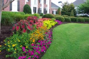 that flower bed what flowers planted can you possible