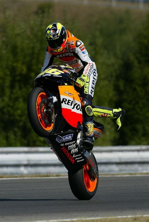 valentino rossi motocross 78 best images about valentino rossi on pinterest ducati