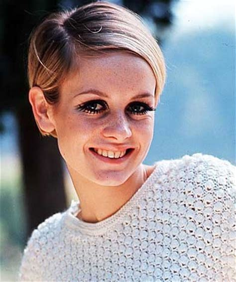 twiggy hairstyle 8 trendiest hairstyles seen on celebrities of the past