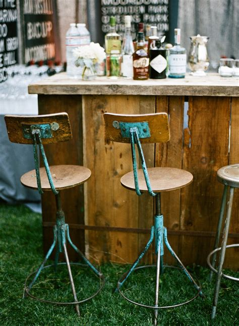 Rustic Outdoor Bar Stools by Best 25 Rustic Outdoor Bar Stools Ideas On