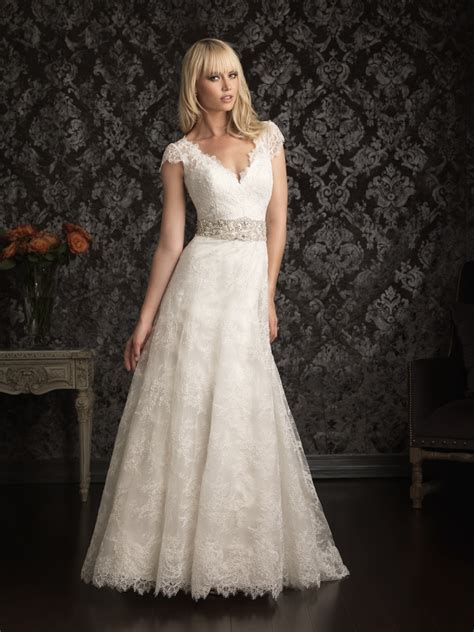 Wedding Dresses Vintage Look by Vintage Inspired Lace Wedding Dresses For The Luxurious
