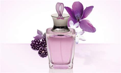 promesse les parfums cacharel