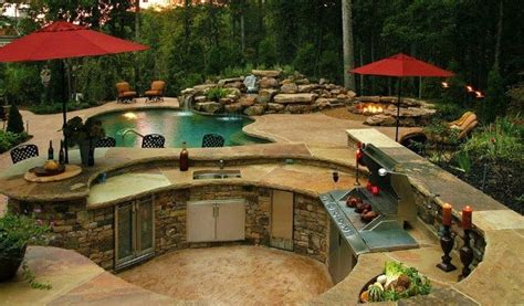 Amazing Outdoor Kitchen Designs by And Traditional Outdoor Kitchen Home Design