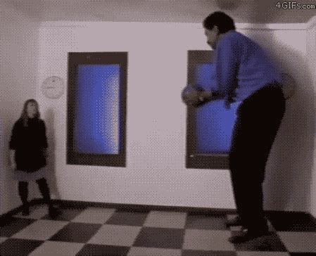 No Its Not An Illusion by These Gifs Will Make You Question Your Brain And Its