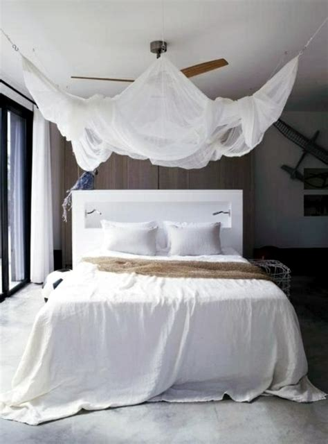 33 incredible white canopy bedroom ideas beach house 33 amazing white canopy bed design for your bedroom