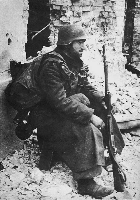 german soldier vs soviet 1472824563 1000 images about wwii stalingrad on field marshal soviet union and machine guns