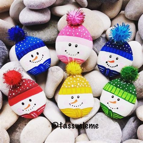Making Greeting Cards From Photos - 35 diy christmas painted rock ideas bored art