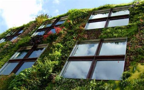 Vertical Garden Architecture Blanc S Vertical Gardens Blanc Le Mur