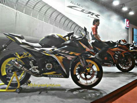Lu Projie Cbr 150 Facelift honda new cbr150r facelift diperlihatkan di acara launching repsol honda team di sentul