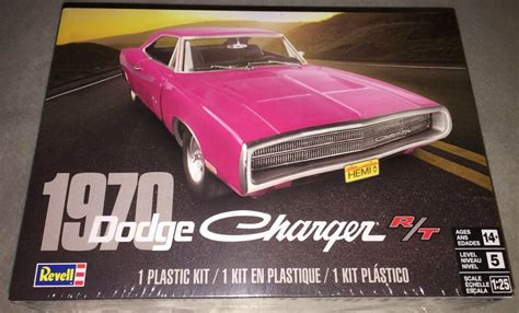 revell  dodge charger rt  scale plastic model car