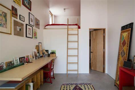 canapé lit petit espace lit mezzanine pour une chambre d ado originale design feria