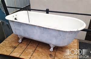 bathtub paint design