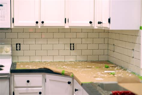 How To Install Subway Tile Kitchen Backsplash Kitchen Makeover Diy Kitchen Backsplash Subway Tile Ruby Redesign