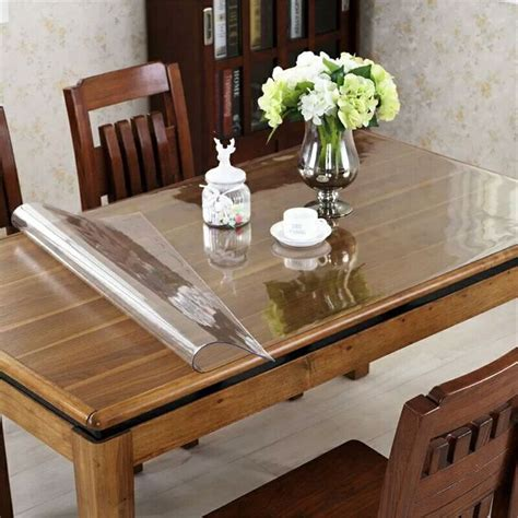 Pads for dining room tables