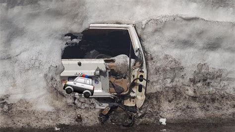 Find A Jeep Find Jeep Buried 20 Of Snow In The