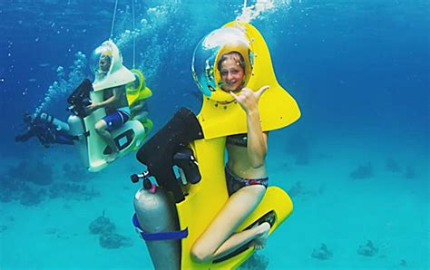 underwater scooter scuba doo stuart cove bahamas