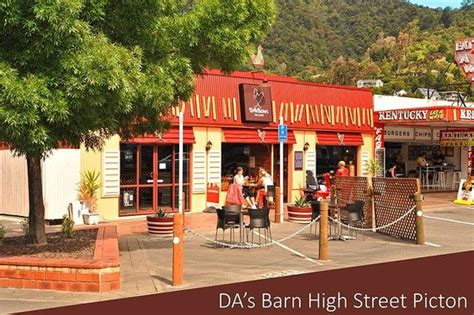 Barn Restaurant Locations Beef Picture Of Da S Barn Restaurant Bar Picton