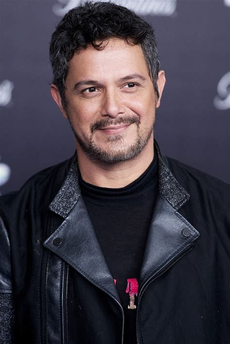 Alejandro Sanz Pictures alejandro sanz picture 8 the 2013 40 principales awards