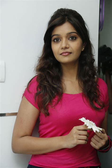 colors swathi heroine walls colors swathi photos