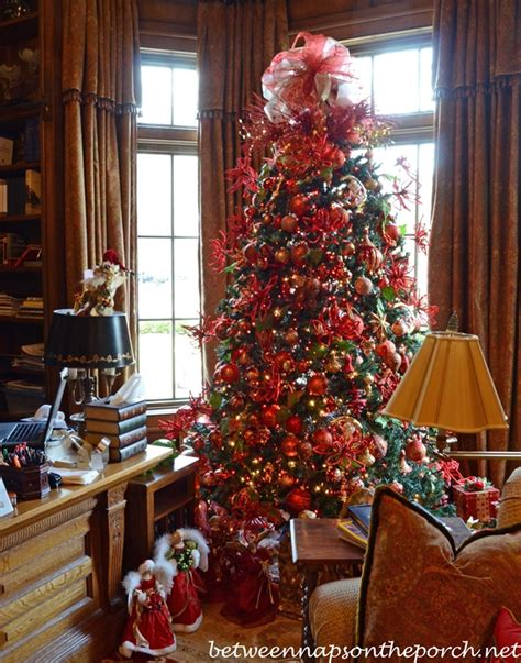 Victorian Bedroom Decorating Ideas 23 themed christmas tree designs