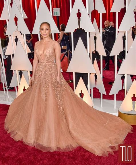 2015 oscars red carpet theybfcom jennifer lopez in elie saab couture at the oscars tom