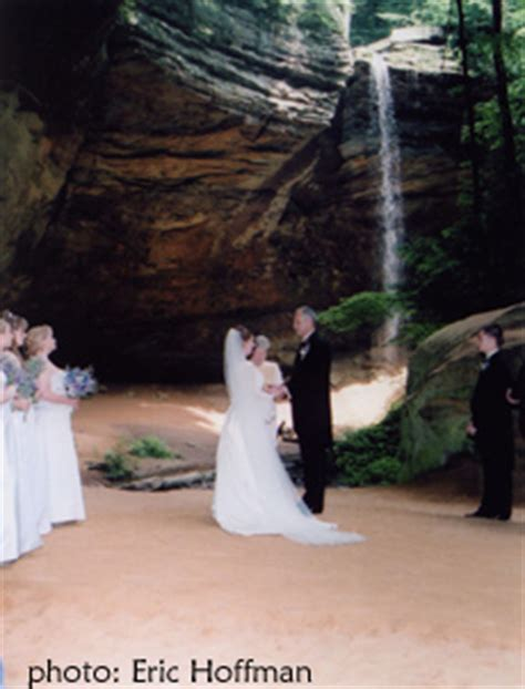 hocking hills wedding ash cave ohio outdoor wedding guide
