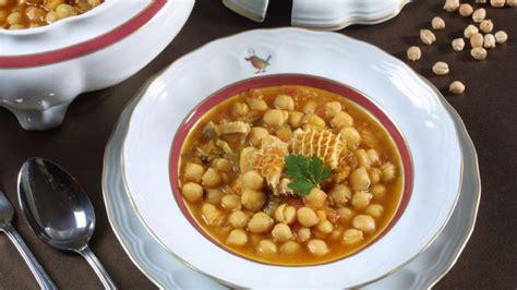 cocina callos receta de garbanzos con callos karlos argui 241 ano