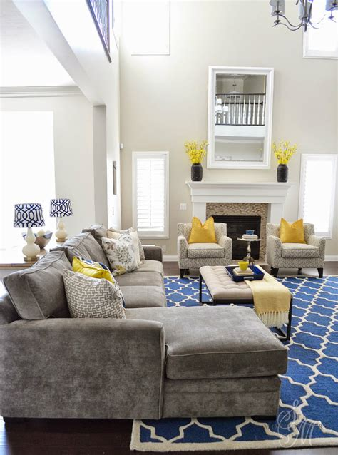 blue and yellow living room living room ideas mix blue and yellow living room ideas